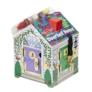 Kép 2/4 - Melissa & Doug Fa készségfejlesztő játék, Ház kulcsokkal, csengőkkel és figurákkal