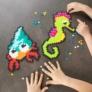 Kép 1/6 - Fat Brain Toys: Jixelz - Kreatív fejlesztő kirakó (700 db-os készlet)